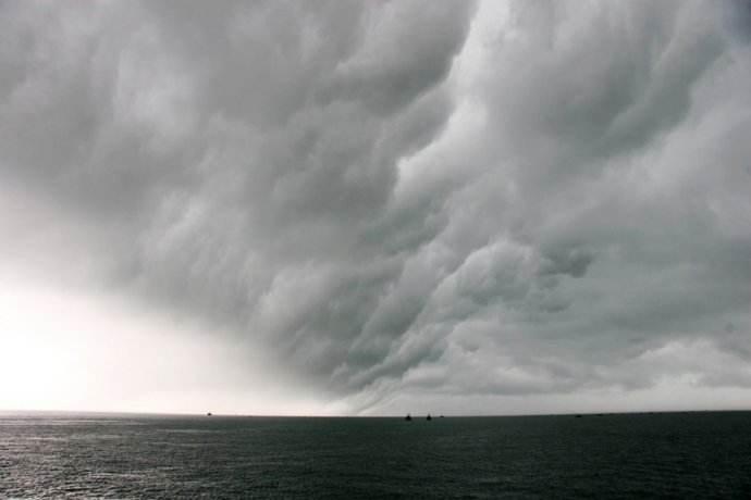 壬如大海、暴雨